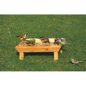 Cj Square Feeding Table Ground (fsc)